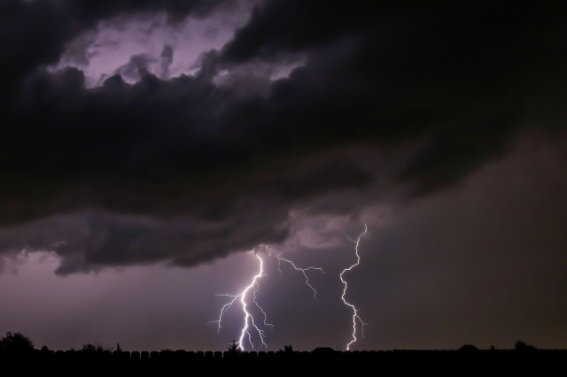 Lightning (10.4) Midlo Backyard Oct 6, 2018